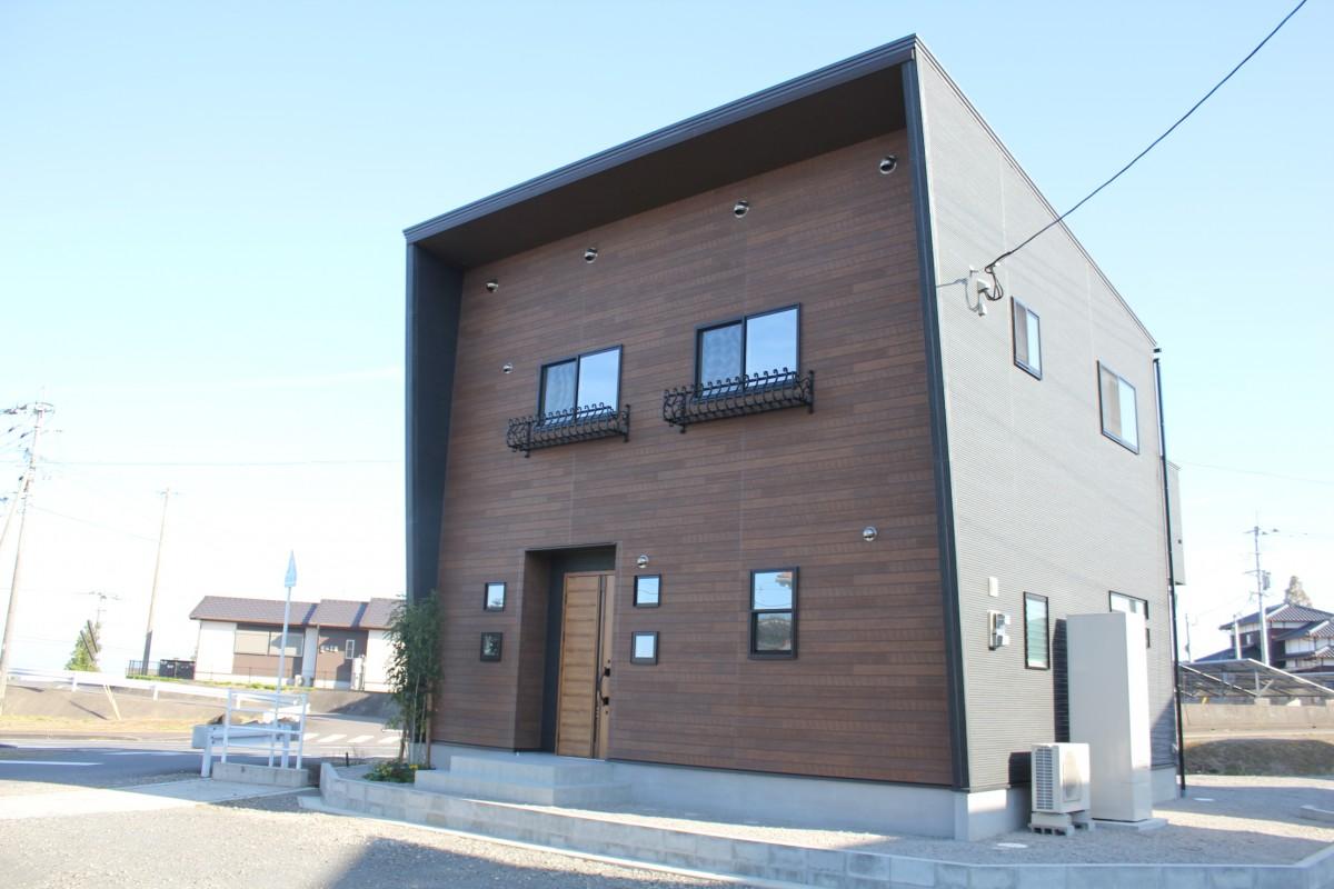 【ドルチェ・テラス07】鹿島市 新築 建売 戸建て物件